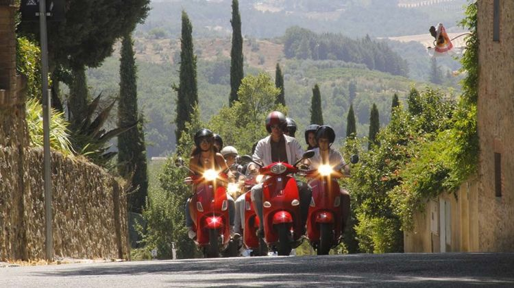 Vespa tour in Chianti