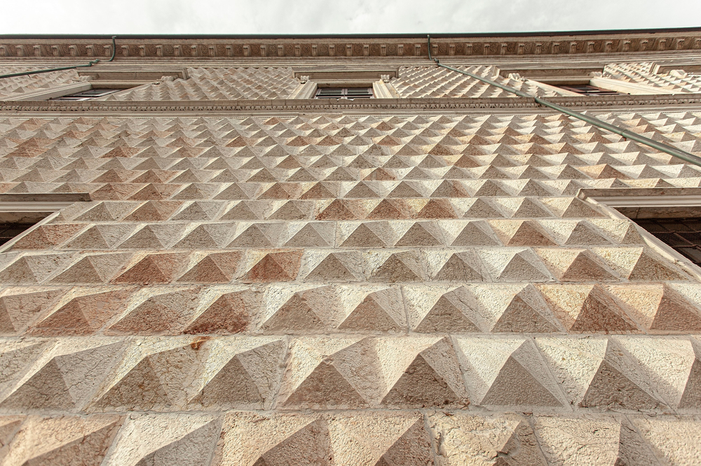 Palazzo dei Diamanti Art Gallery