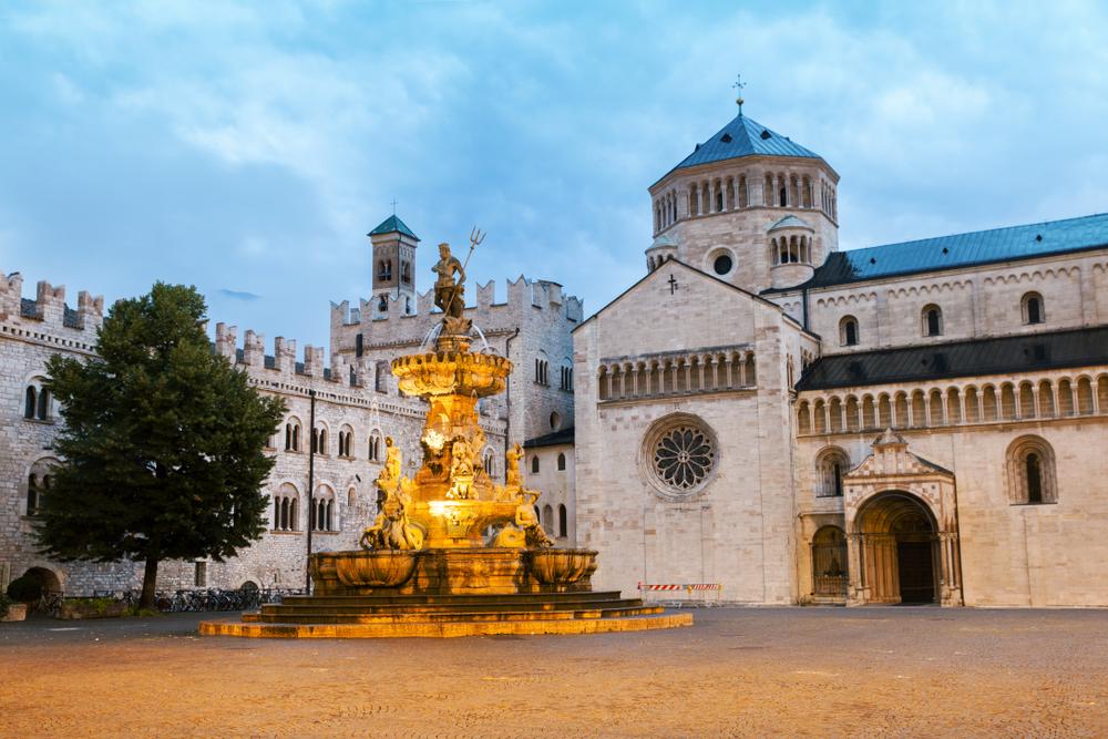 Duomo Square and Neptune Fountain